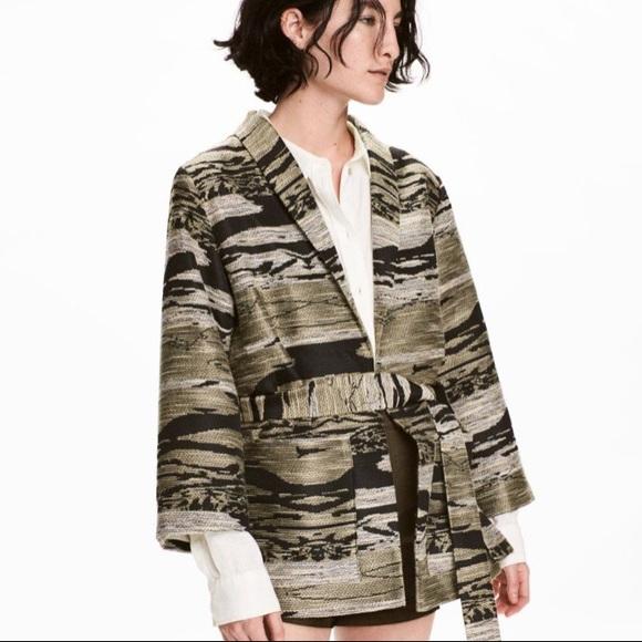 H&M Jackets & Blazers - H&M Textured Weave Pattern Jacket Khaki Black S